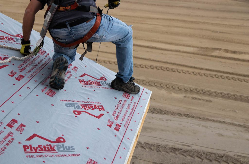 Does Peel and Stick Synthetic Underlayment Cause Reroofing Problems in the Future?